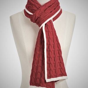 TALBOTS SOFT CABLE SCARF - CLASSIC RED